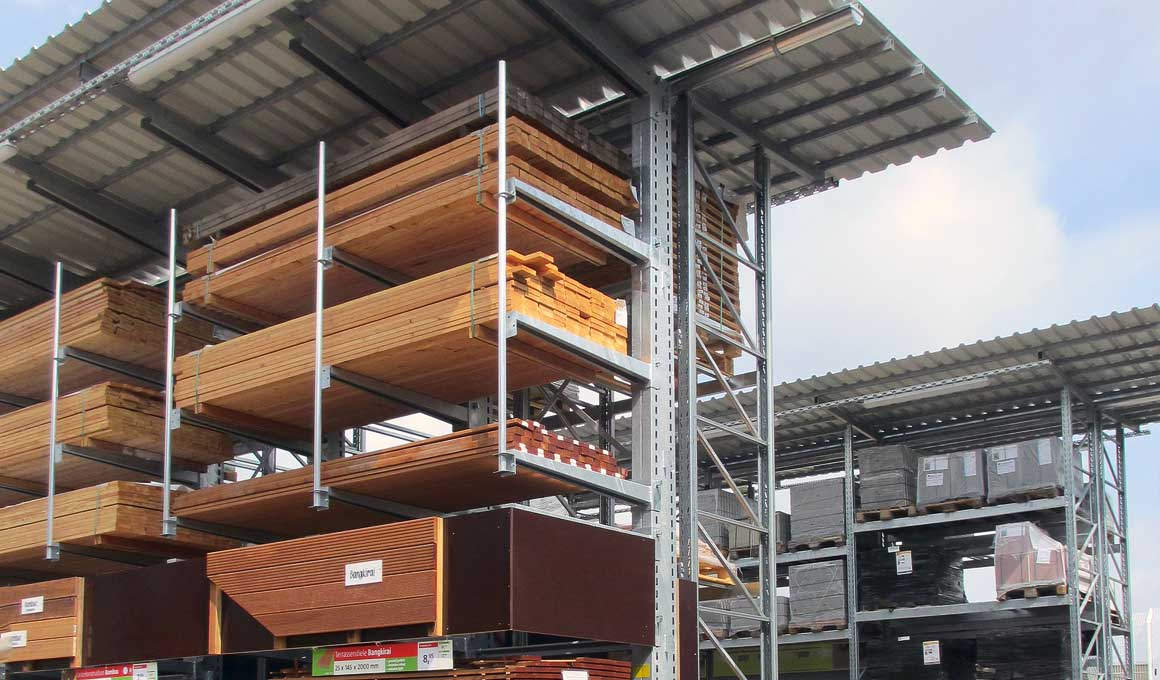 Outdoor shelving system