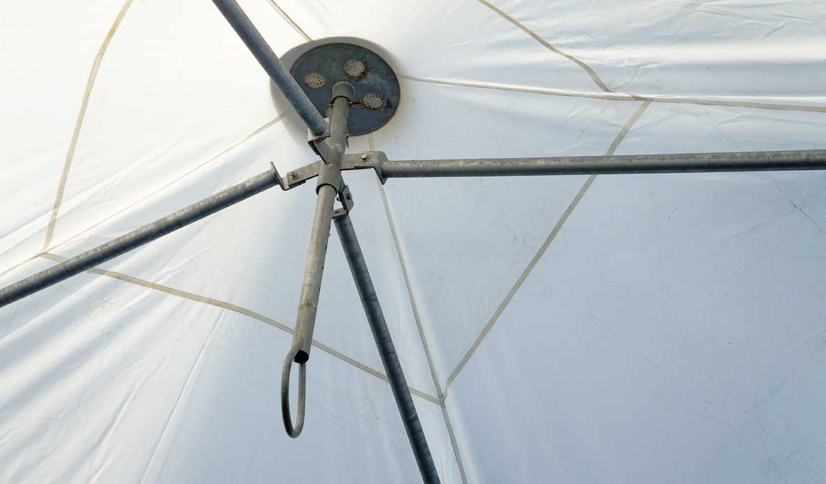 Brass bedouin tents tensioning