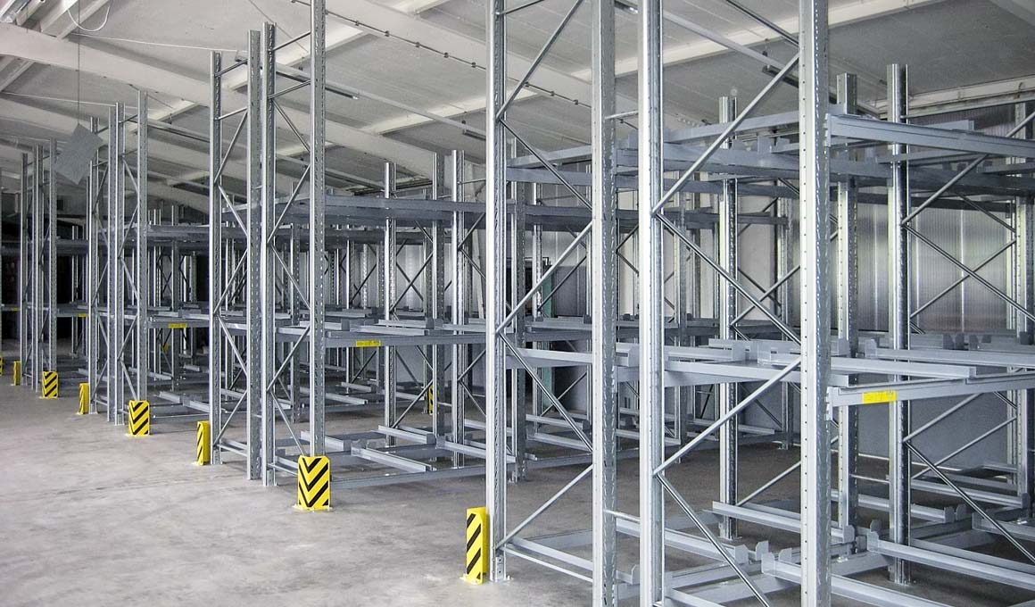 SL100 pallet storage at production facility
