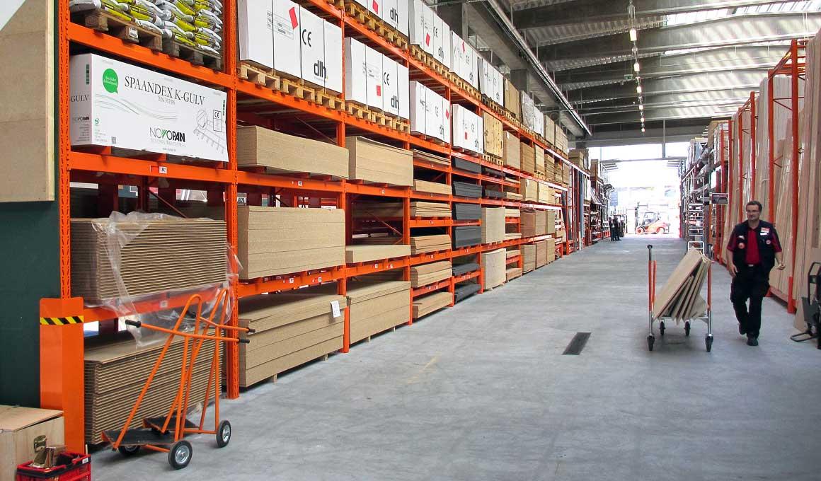 Heavy duty shelf with panel stacks
