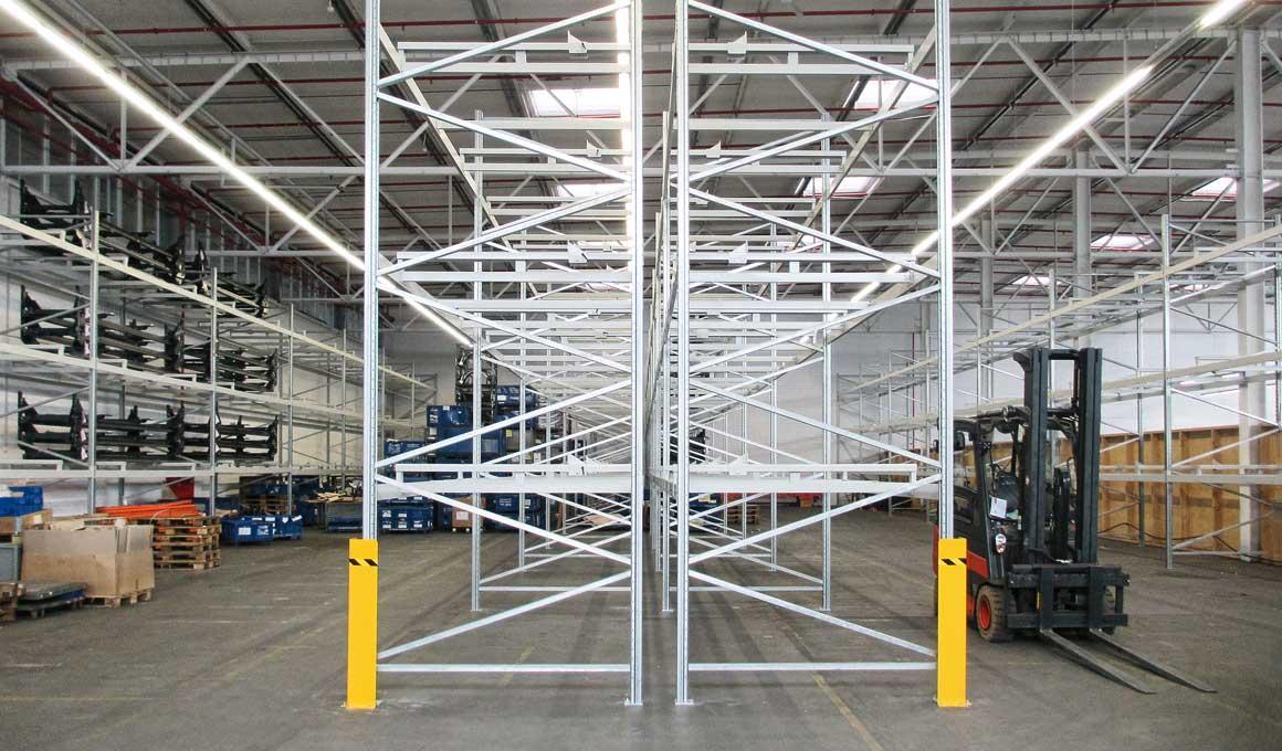 SL100 shelf system for car bodies