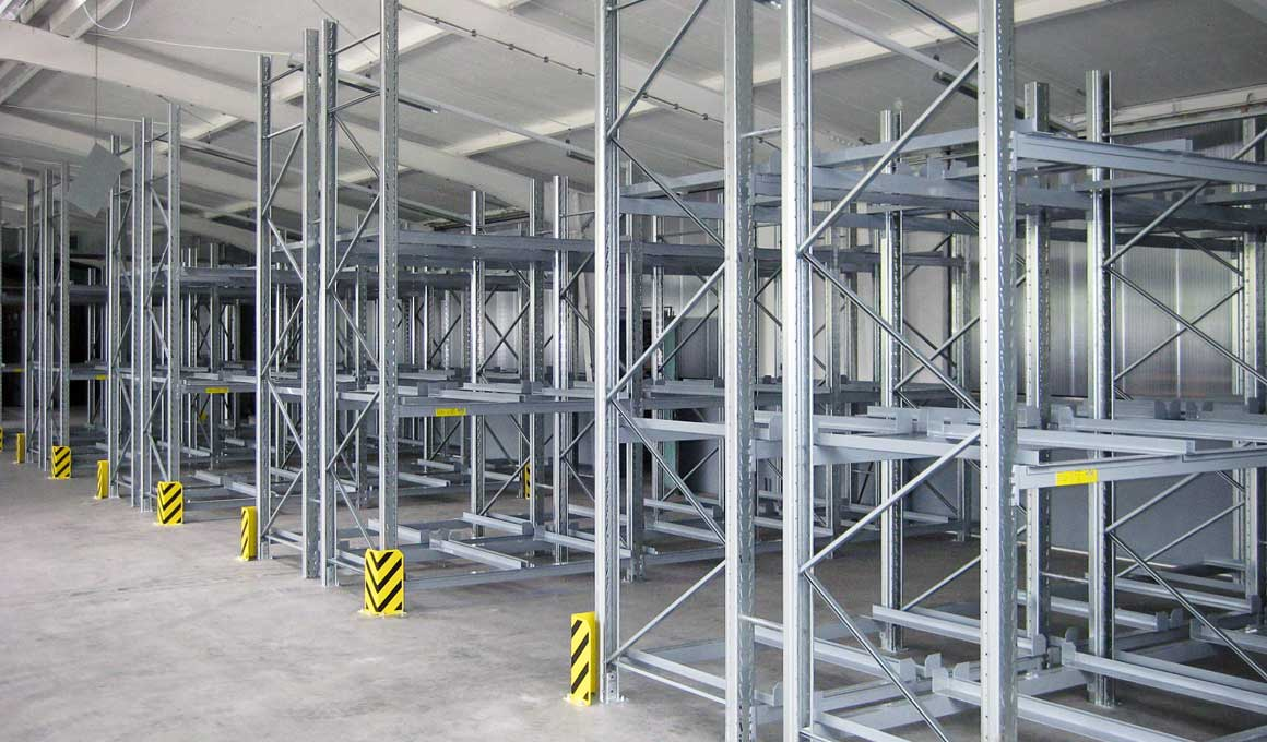 SL100 pallet warehouse