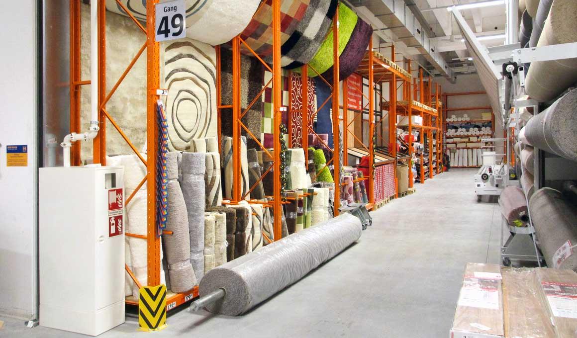SL100 shop shelf for carpets