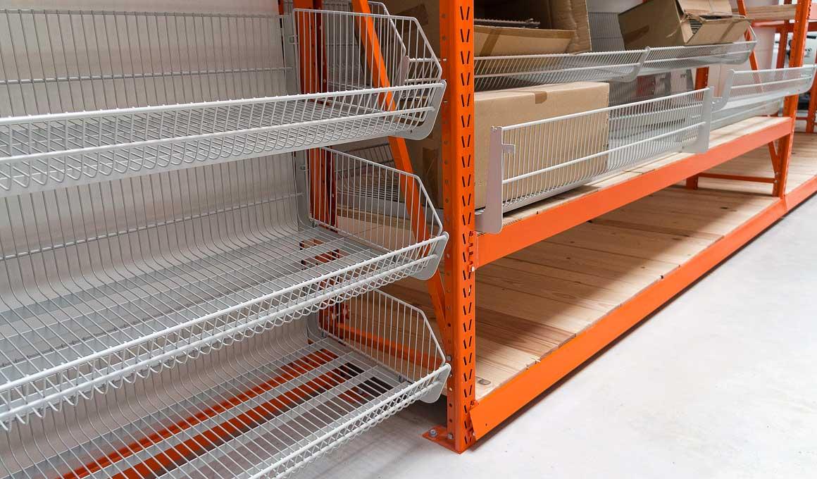 LPR shelf with hanging baskets