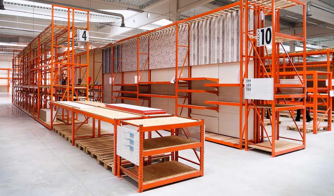 LPR wide span shelf at BAUHAUS store